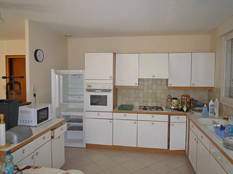 Sale house / villa Bon encontre 208000€ - Picture 5