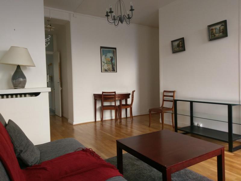 Rental apartment Paris 16ème 1600€ CC - Picture 1