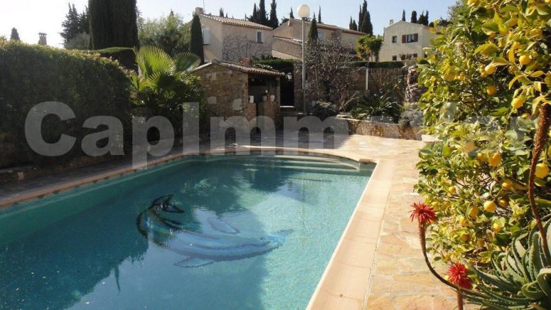 Sale house / villa Sanary-sur-mer 550000€ - Picture 2