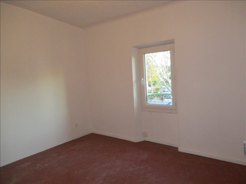 Location appartement Grans 660€ CC - Photo 3