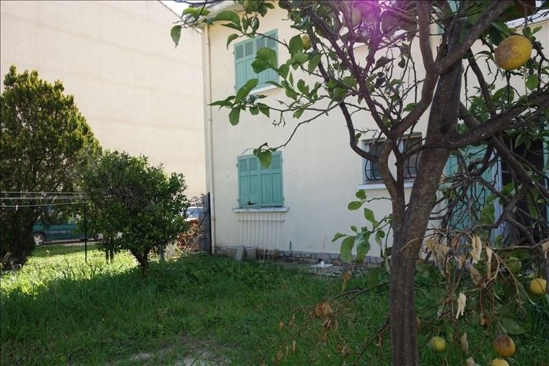Sale house / villa La londe les maures 343000€ - Picture 6