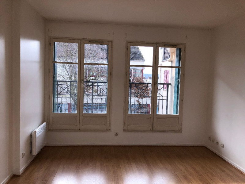 Location appartement Carrieres sous poissy 728€ CC - Photo 2