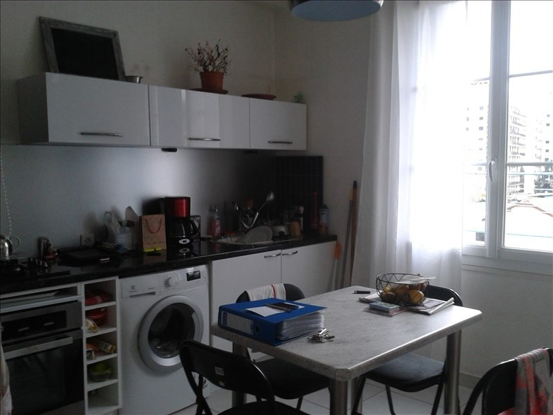 Sale apartment Grenoble 112000€ - Picture 2