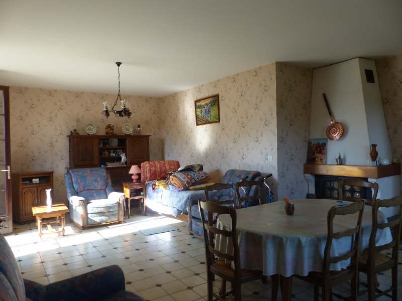 Sale house / villa St florentin 136000€ - Picture 3