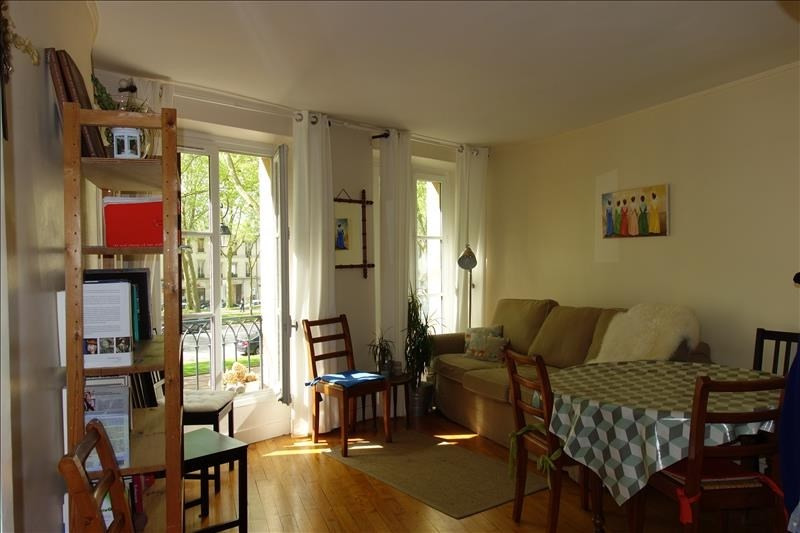 Rental apartment Versailles 1275€ CC - Picture 1