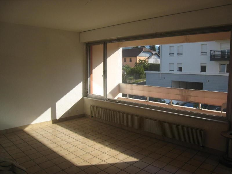 Location appartement La roche sur foron 835€ CC - Photo 2