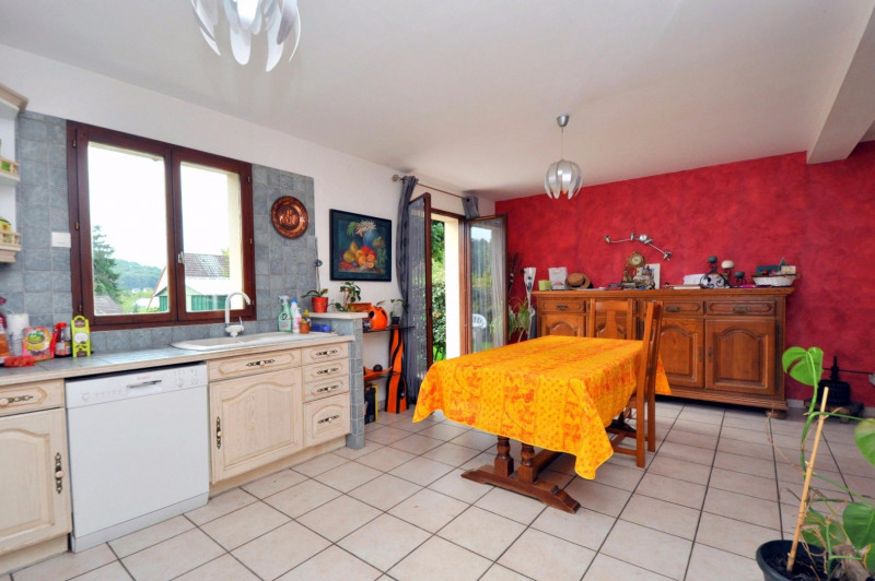 Sale house / villa St cheron 257 000€ - Picture 5