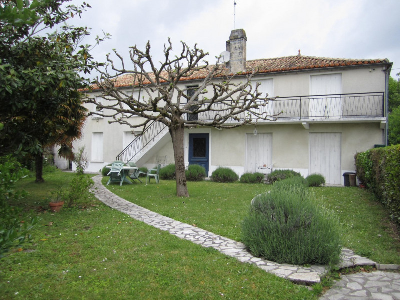 Sale house / villa Chateauneuf: charente 125 000€ - Picture 1
