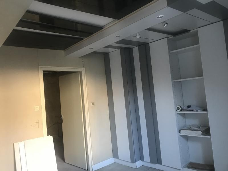 Sale apartment Oyonnax 28 000€ - Picture 1