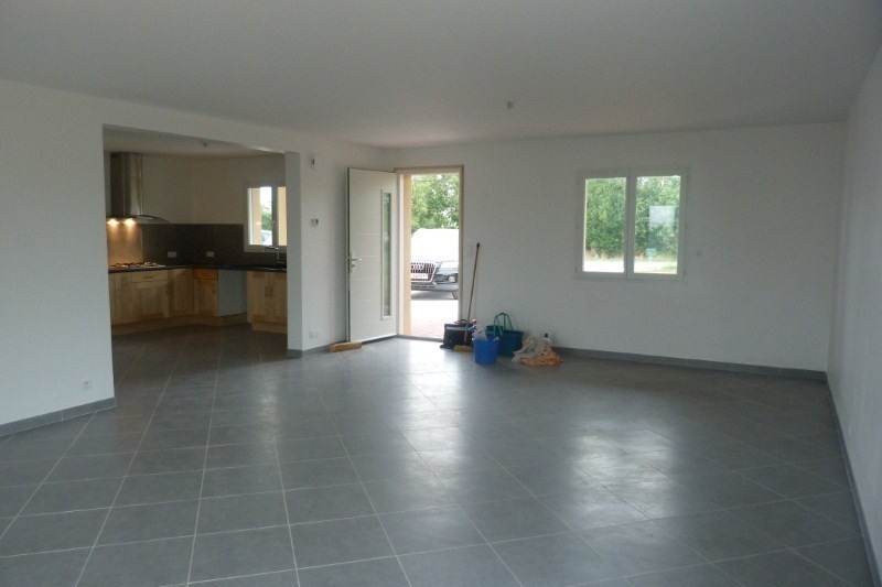 Rental house / villa Preserville 1020€ CC - Picture 2