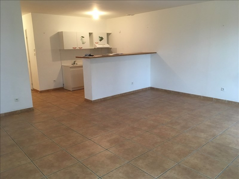 Location maison / villa Servian 802€ CC - Photo 3