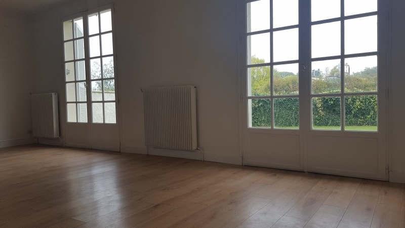 Sale house / villa Plailly 378000€ - Picture 3