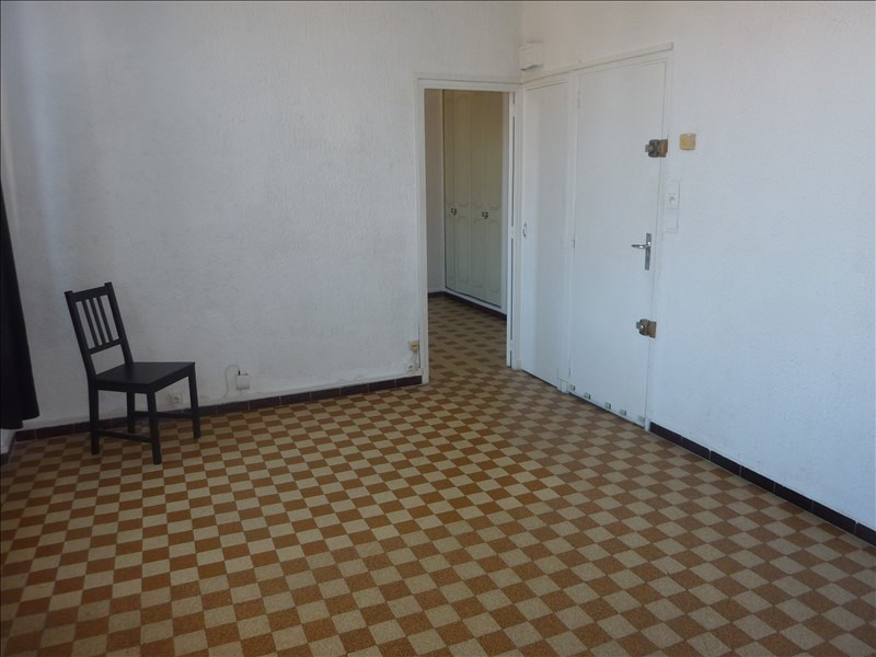 Rental apartment Marseille 7ème 450€ CC - Picture 2