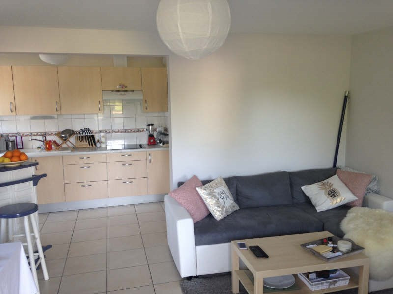 Location appartement Maurepas 797€ CC - Photo 2