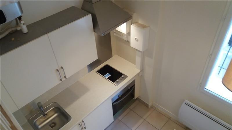 Alquiler  apartamento Paris 18ème 771€ CC - Fotografía 1