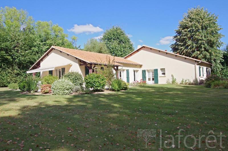 Sale house / villa Cholet 372750€ - Picture 3