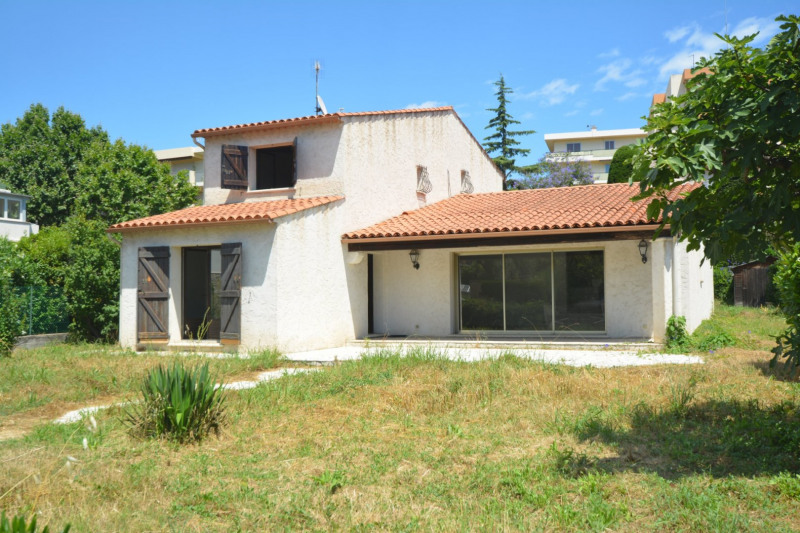 Deluxe sale house / villa Antibes 595000€ - Picture 1