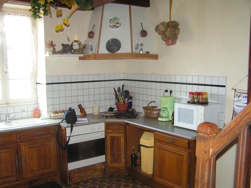 Sale house / villa Montguyon 265000€ - Picture 5