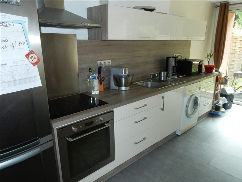 Sale apartment Vaux le penil 148000€ - Picture 3