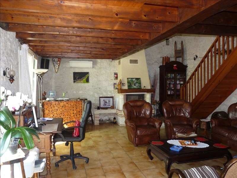 Sale house / villa Foulayronnes 207 900€ - Picture 2