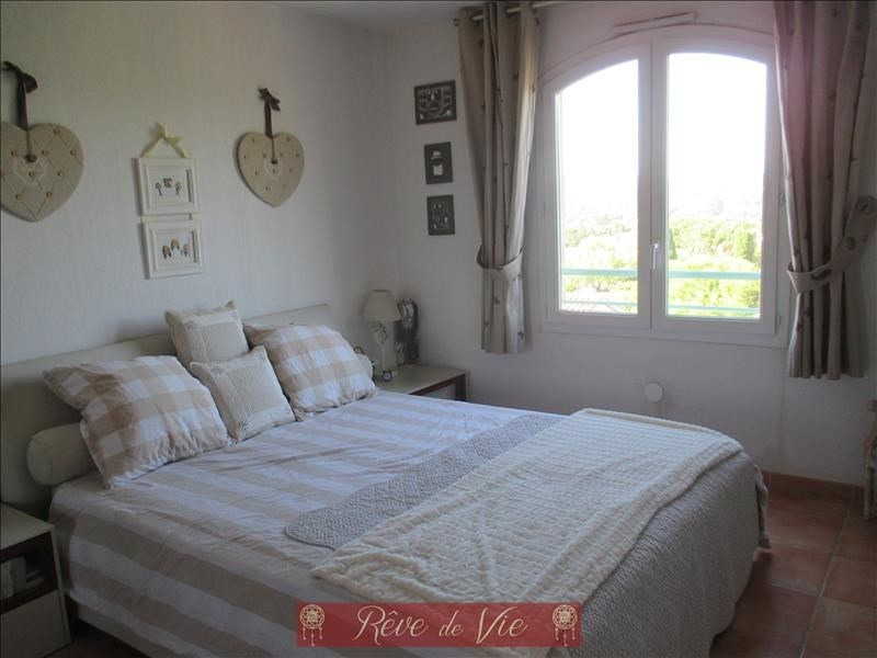 Sale apartment Bormes les mimosas 231 000€ - Picture 5