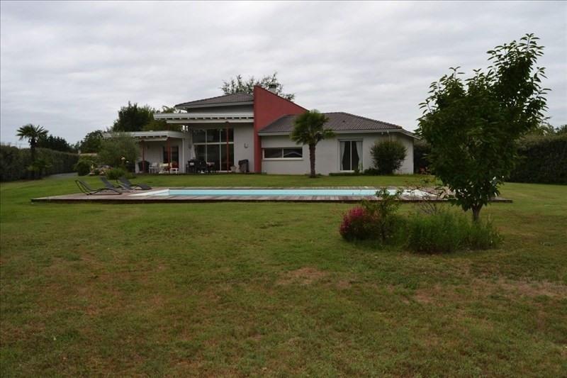 Vente de prestige maison / villa Arsac 654900€ - Photo 1