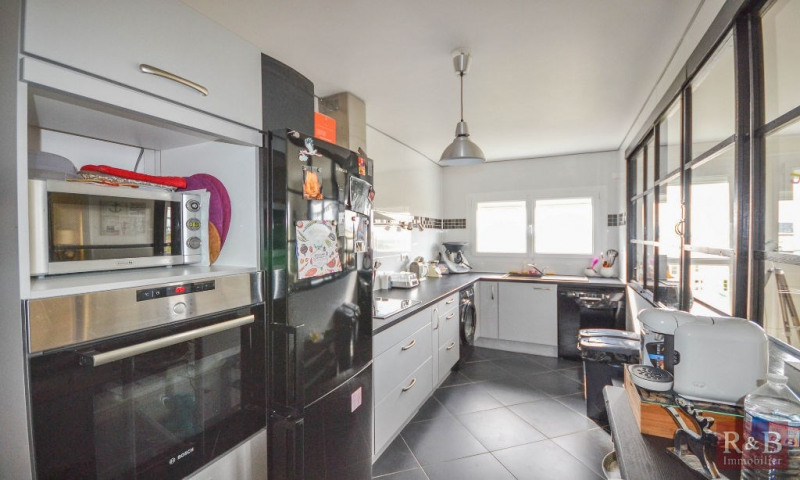Vente appartement Plaisir 235 000€ - Photo 2