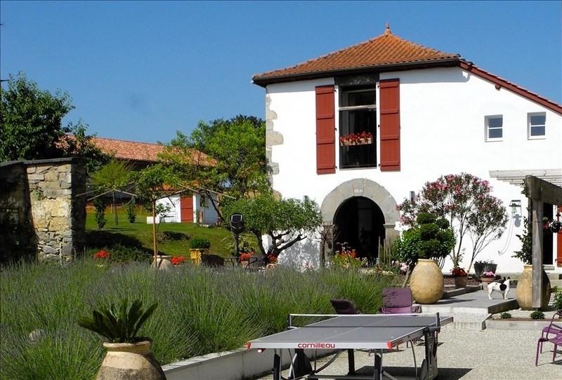 Deluxe sale house / villa St palais 430000€ - Picture 4