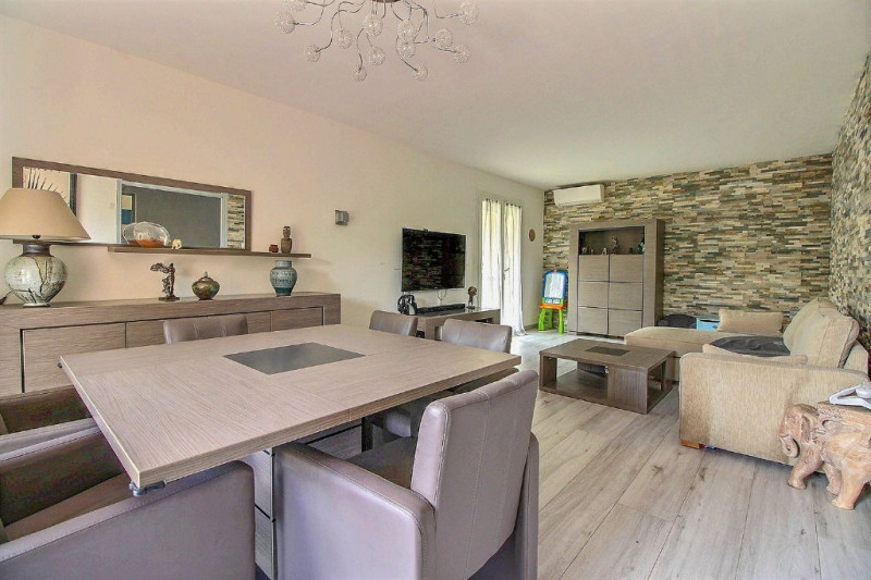 Location maison / villa Marguerittes 1200€ CC - Photo 3