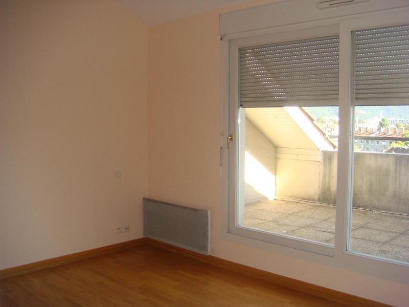 Location appartement Grenoble 929€ CC - Photo 3
