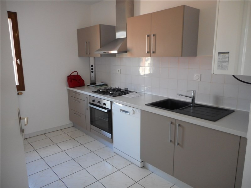 Location appartement Voiron 840€ CC - Photo 3