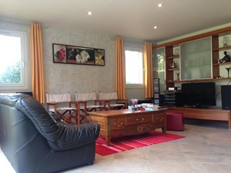 Sale house / villa Lesigny 402000€ - Picture 5