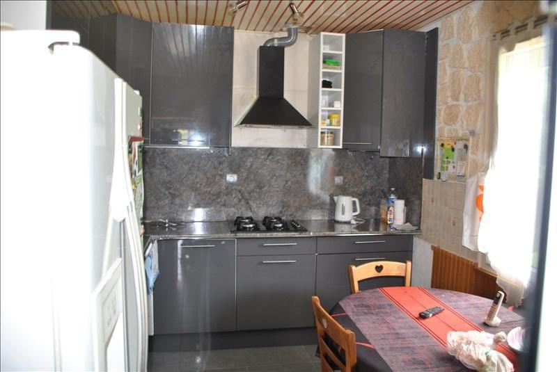 Sale house / villa Montereau-fault-yonne 243800€ - Picture 5