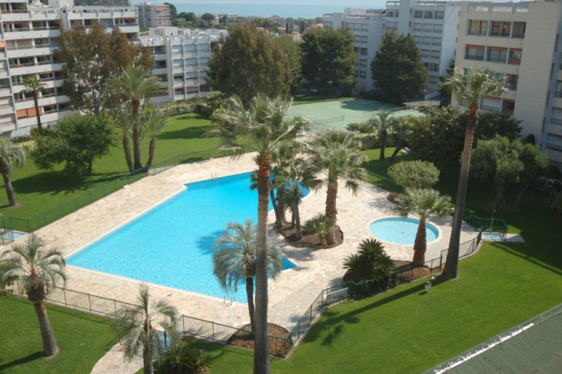 Sale apartment Antibes 233 000€ - Picture 1