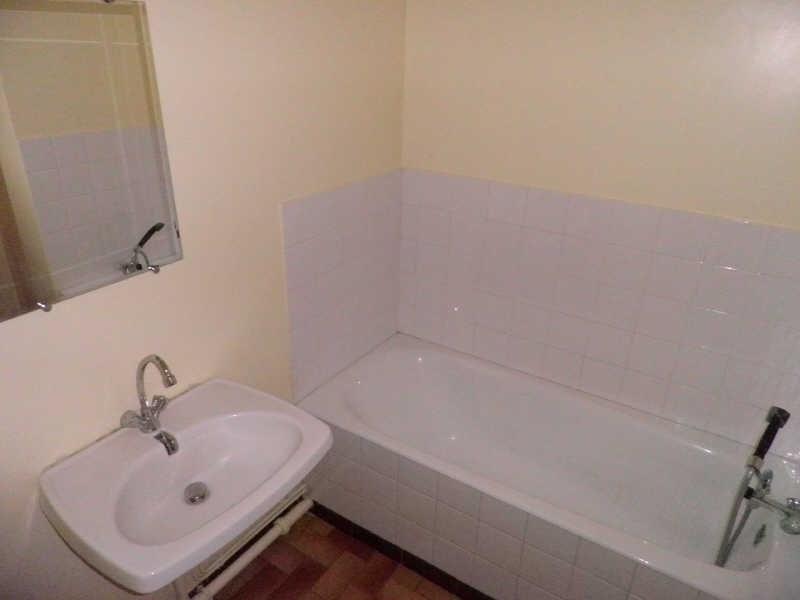 Location appartement Le puy-en-velay 272,79€ CC - Photo 3