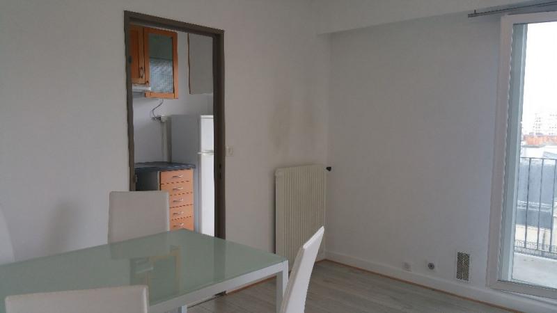Alquiler  apartamento Paris 15ème 1100€ CC - Fotografía 2