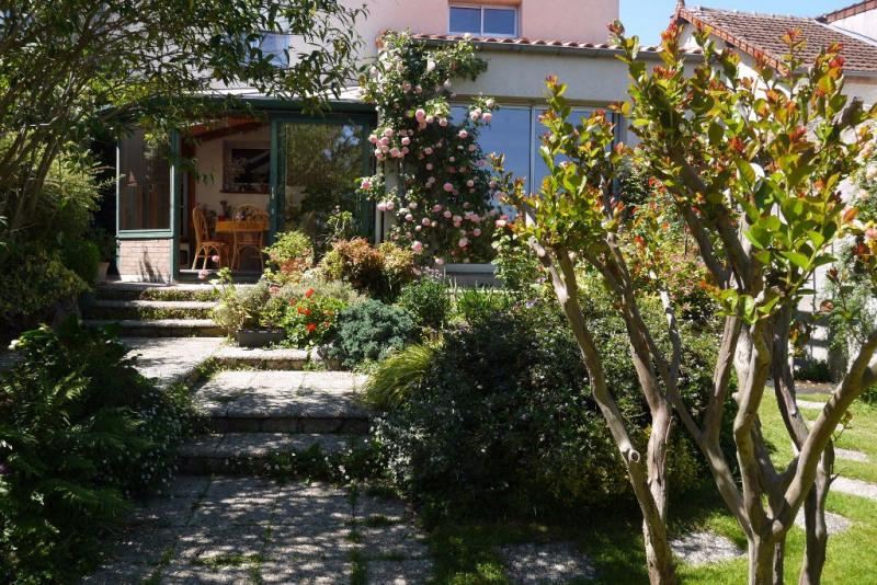 Sale house / villa Cholet 198000€ - Picture 1