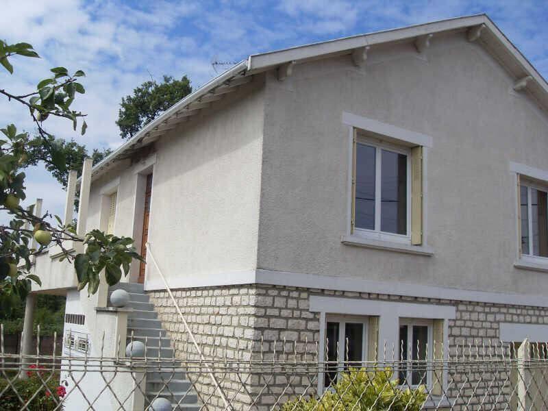 Sale house / villa Angoulême 135000€ - Picture 1