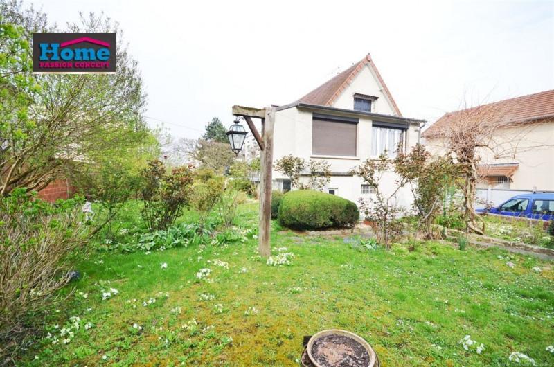 Sale house / villa Rueil malmaison 680000€ - Picture 2