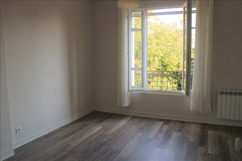 Location appartement Fontainebleau 490€ CC - Photo 4