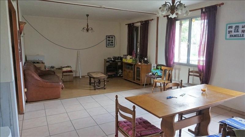Sale house / villa Breval 200000€ - Picture 2