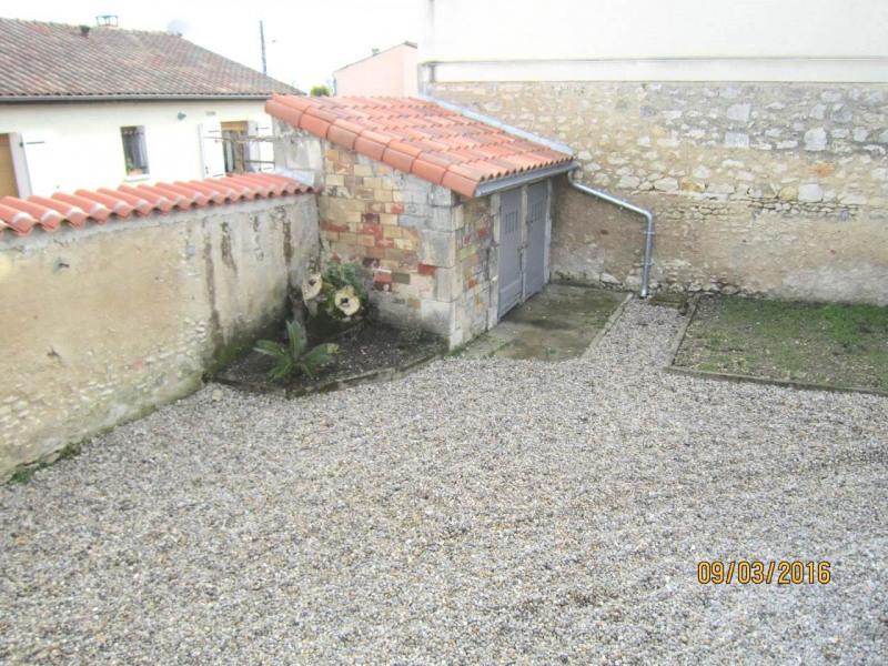 Location maison / villa Cognac 617€ CC - Photo 2