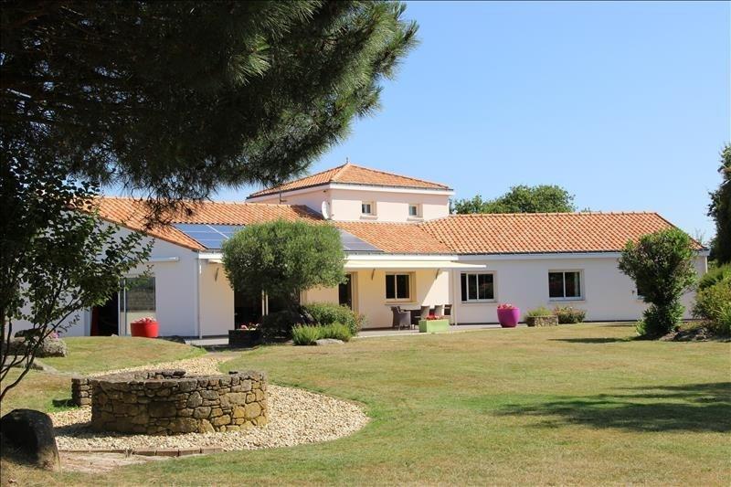 Deluxe sale house / villa Pornic 493000€ - Picture 1