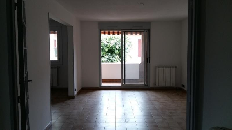 Rental apartment Nimes 700€ CC - Picture 3