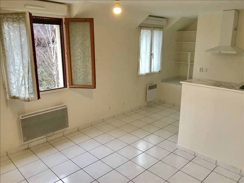 Location appartement Bagnolet 960€ CC - Photo 1