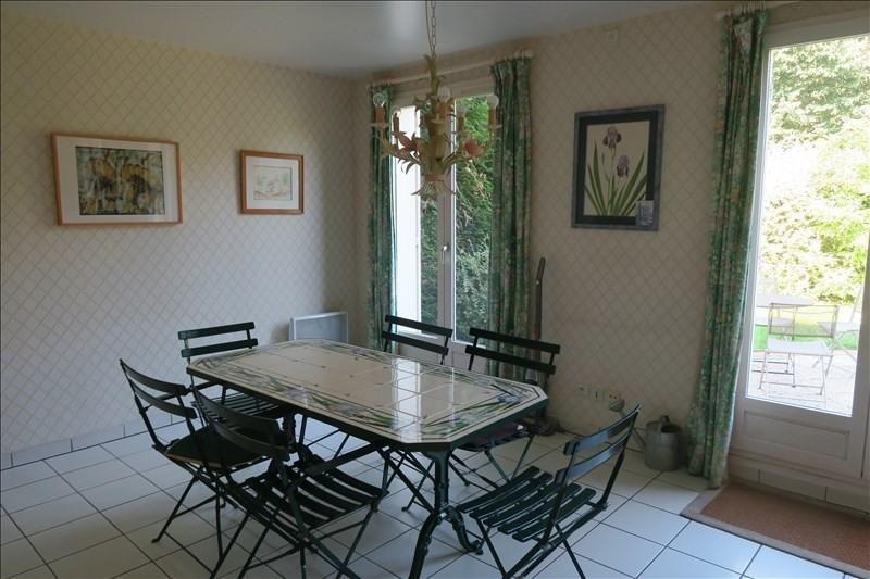 Revenda casa Voisins le bretonneux 670000€ - Fotografia 3