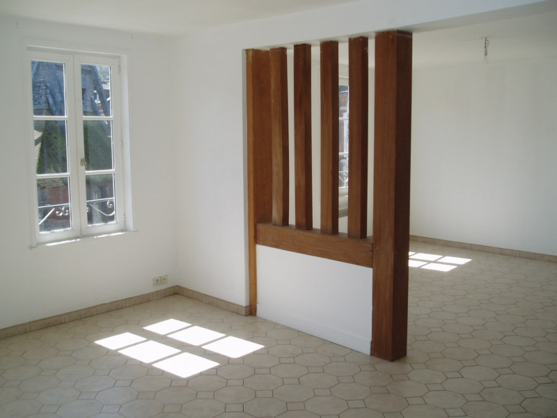 Location appartement Honfleur 750€ CC - Photo 1