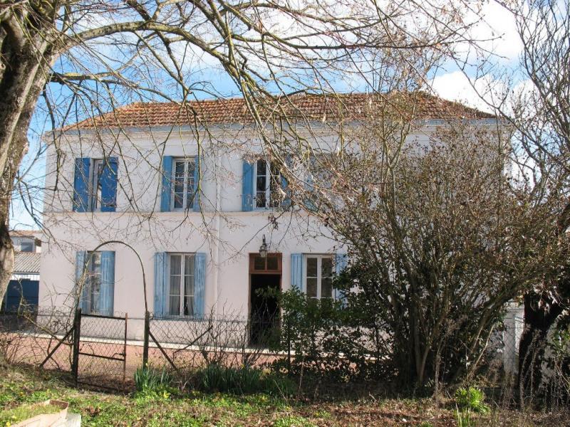 Sale house / villa Les mathes 243500€ - Picture 1