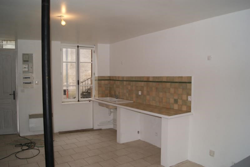 Location appartement Etais la sauvin 295€ +CH - Photo 1
