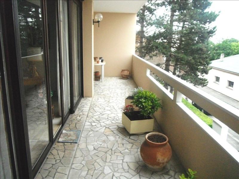 Sale apartment Saint quentin 133500€ - Picture 2